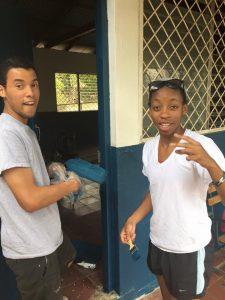 OSLCE Nicaragua_painting school Ronald Rachel